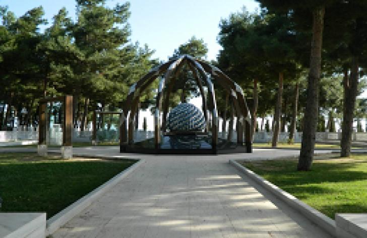 Çanakkale Şehitler Abidesi Türk Bahçesi